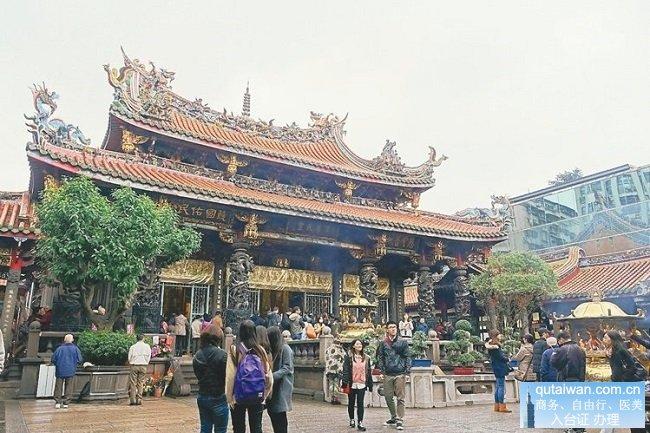 万华龙山寺