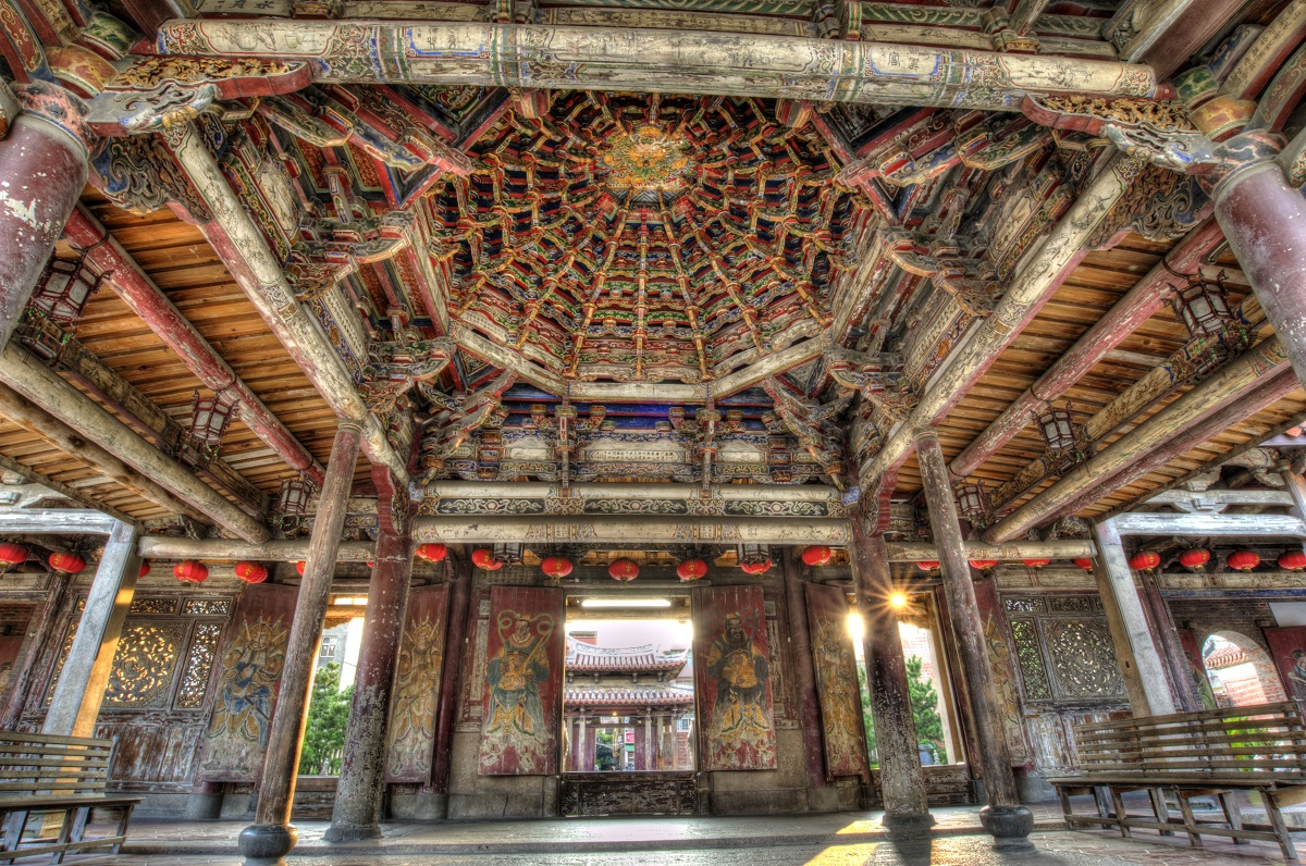 龙山寺建筑特写镜头