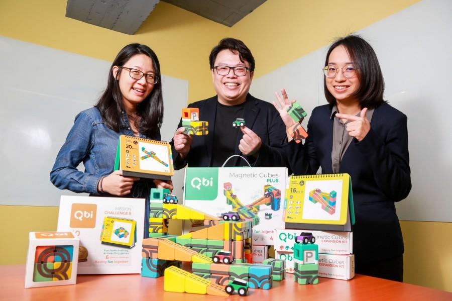 Qbi团队,左起:行销专员Marli、创办人蔡蓬渊、经理吴怡臻。