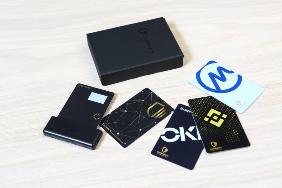 库币科技目前旗下产品有薄如一张信用卡的数位货币硬体钱包CoolWallet,以及虚拟资产交易平台系统「Sygna Bridge」。