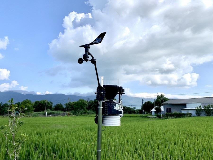 奥丁丁与新创「阿龟微气候」合作微型气象站,够加码纪录雨量、紫外线、风速、风量等数据。